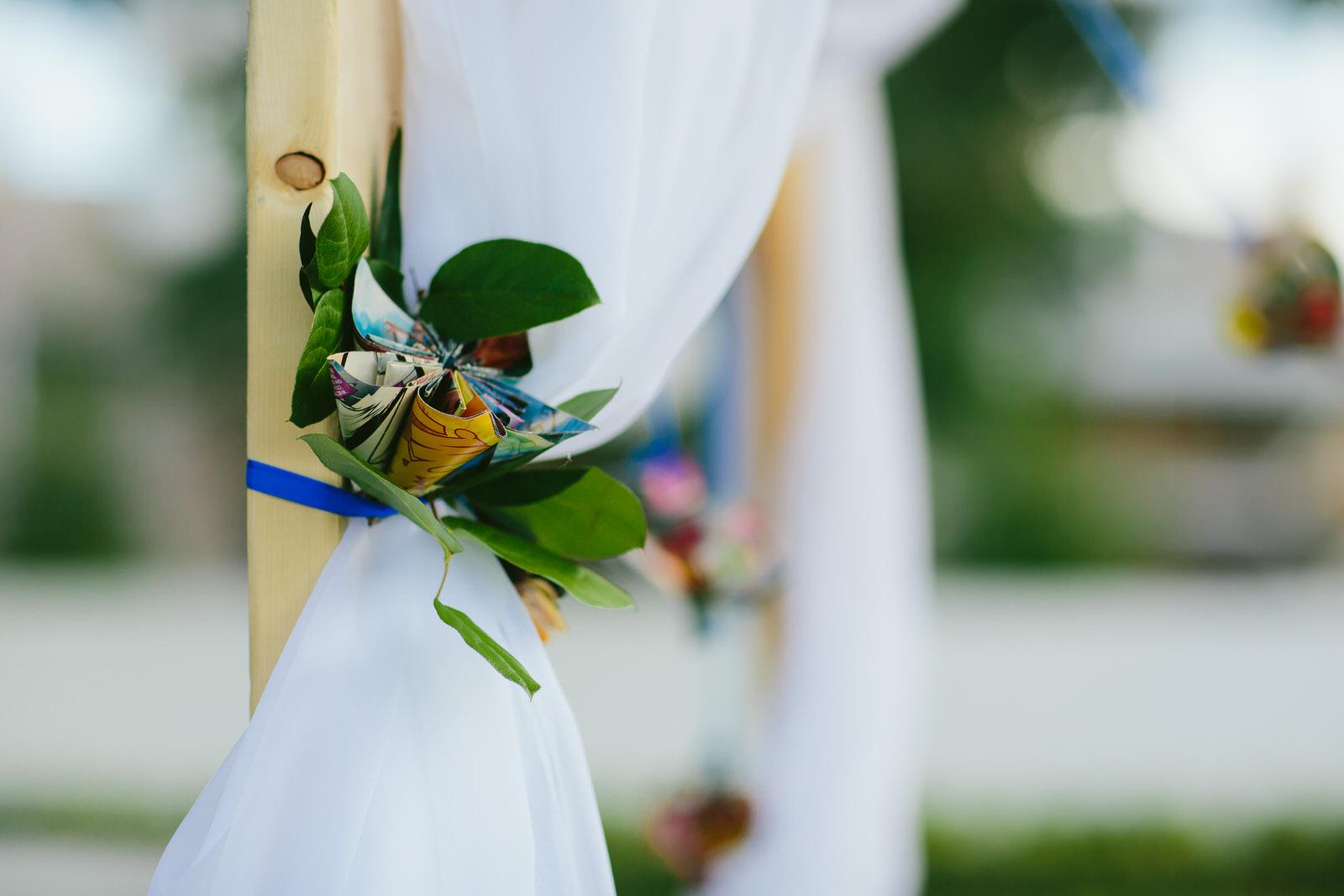 DIY-backyard-wedding-tiny-house-photo-florida-wedding-photographer.jpg