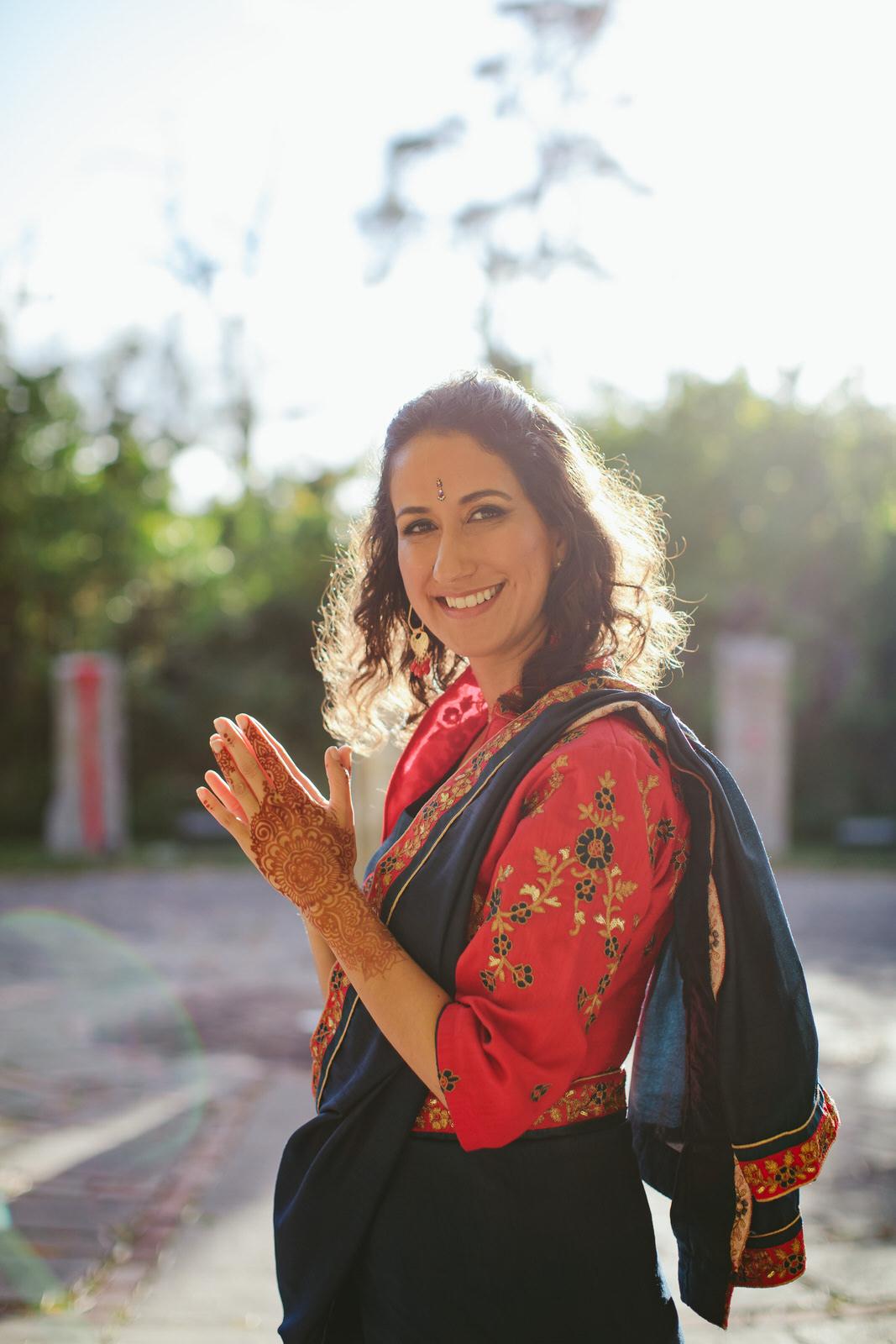 sari-wedding-kashi-ashram-tiny-house-photo-orlando-wedding-photographer