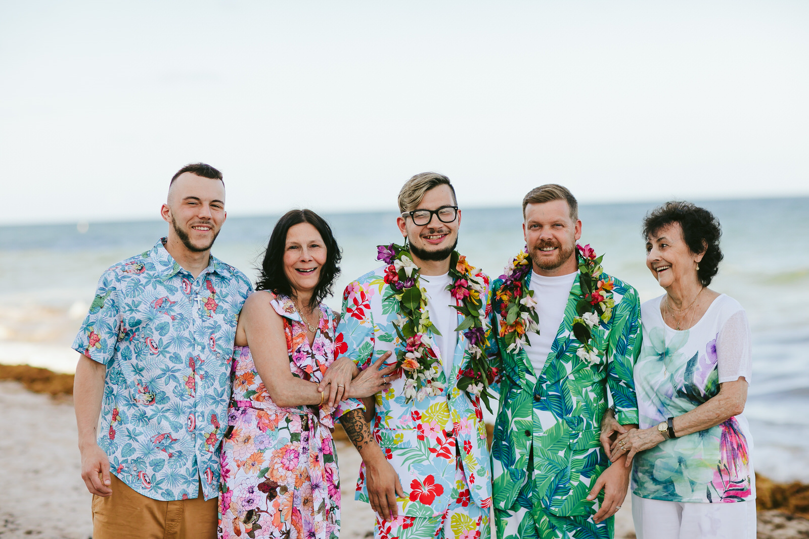 family-formals-fort-lauderdale-beach-elopement-tiny-house-photo.jpg