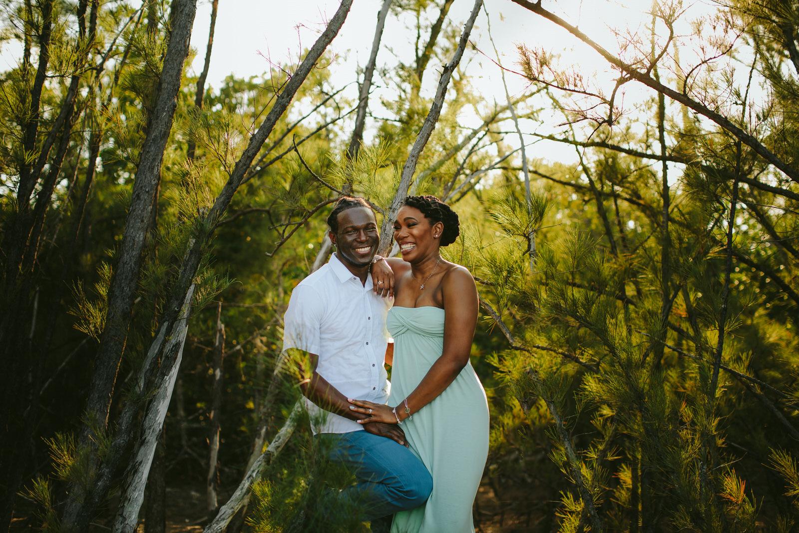 gorgeous-engagement-portraits-tiny-house-photo-florida-wedding-photographer-10.jpg