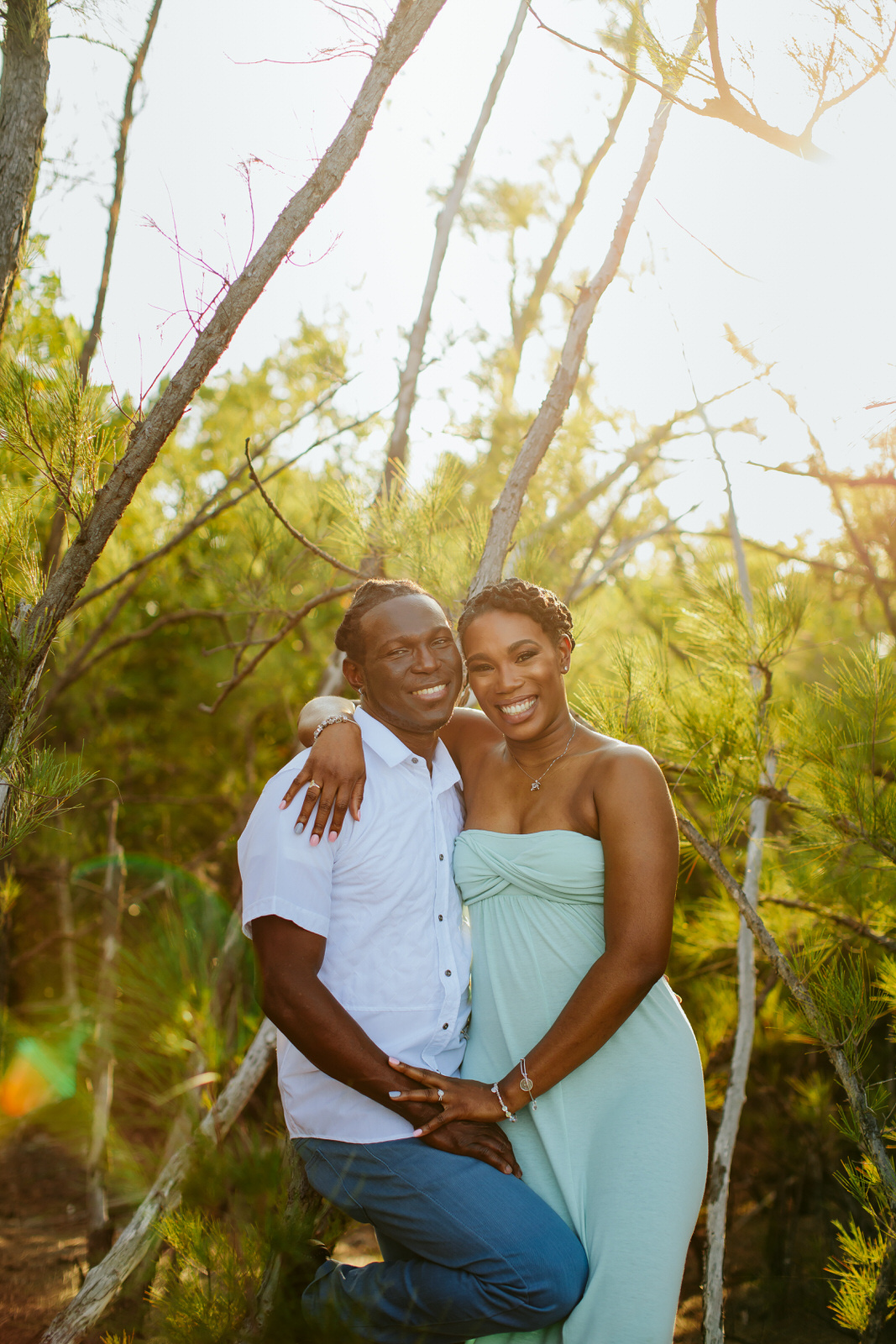 gorgeous-engagement-portraits-tiny-house-photo-florida-wedding-photographer-11.jpg