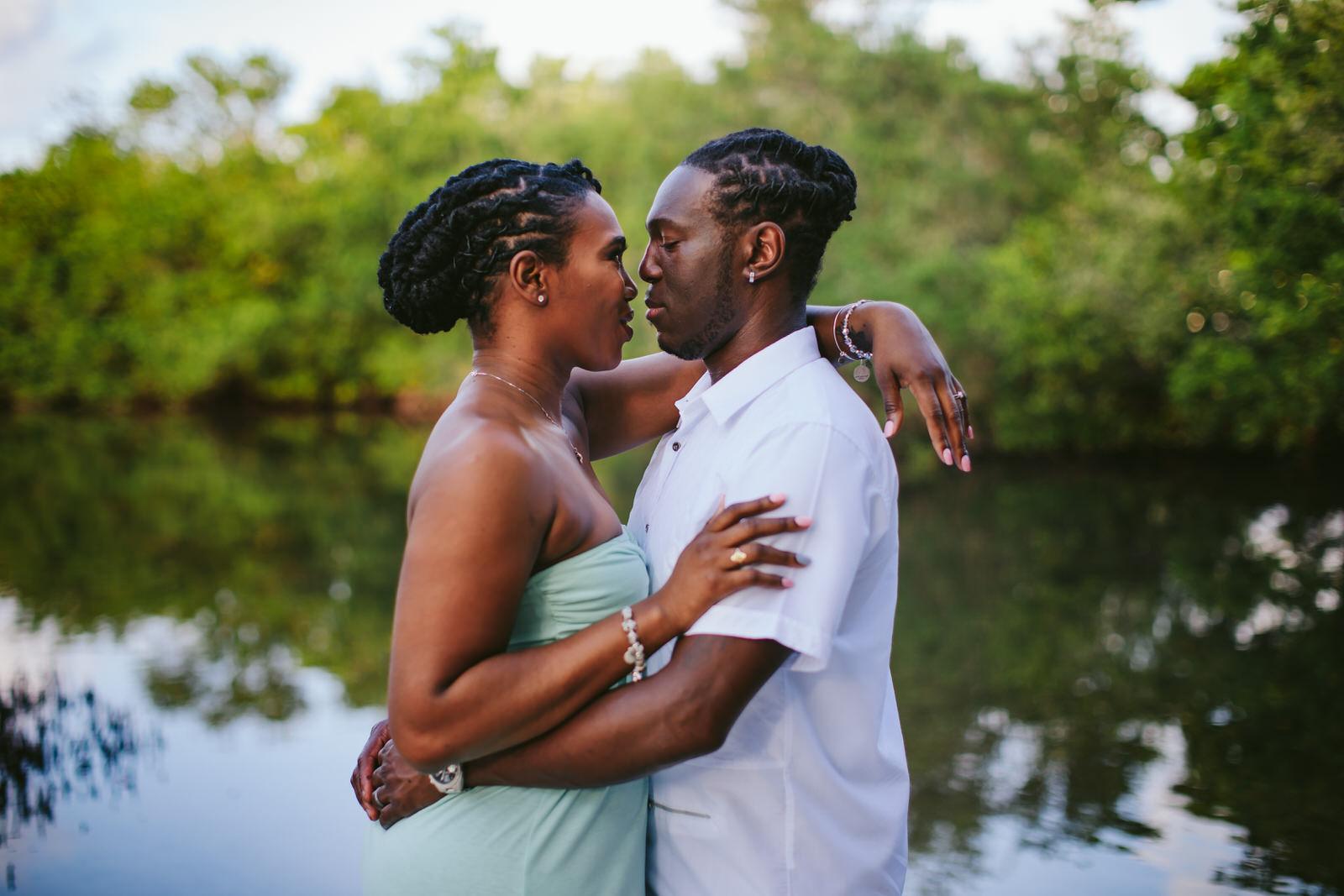tropical-destination-engagement-portraits-tiny-house-photo-florida-wedding-photographer-13.jpg