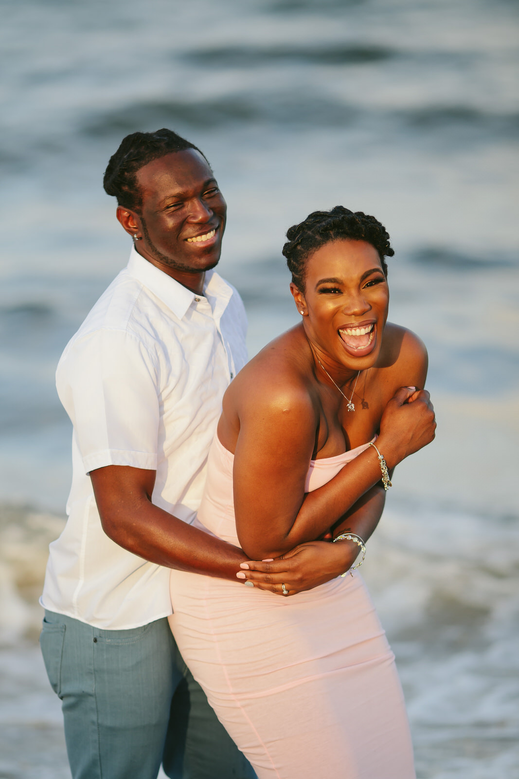 beachy-engagement-portraits-fort-lauderale-tiny-house-photo-wedding-photographer-35.jpg