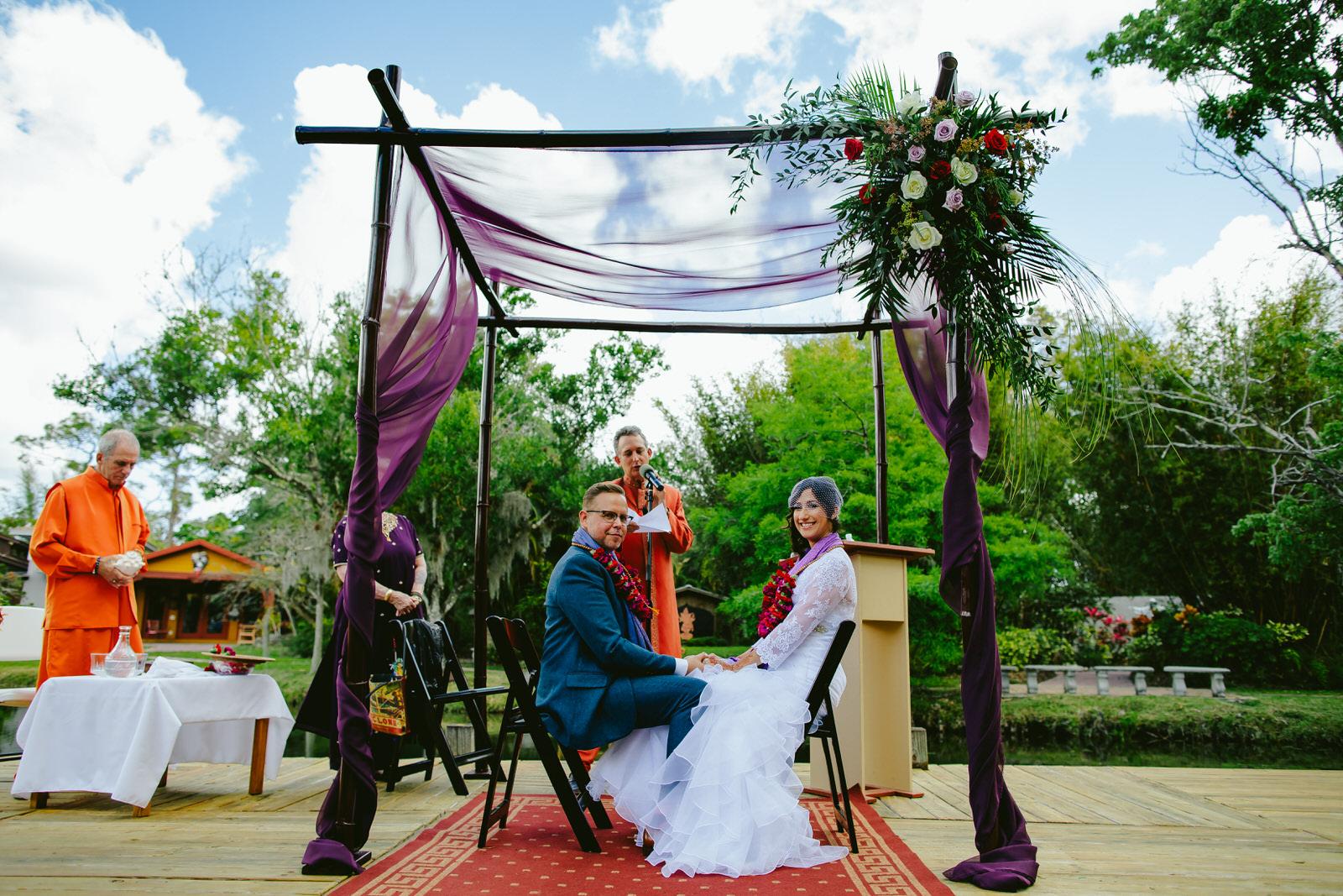 kashi-ashram-wedding-ceremony-ecstatic-couple.jpg
