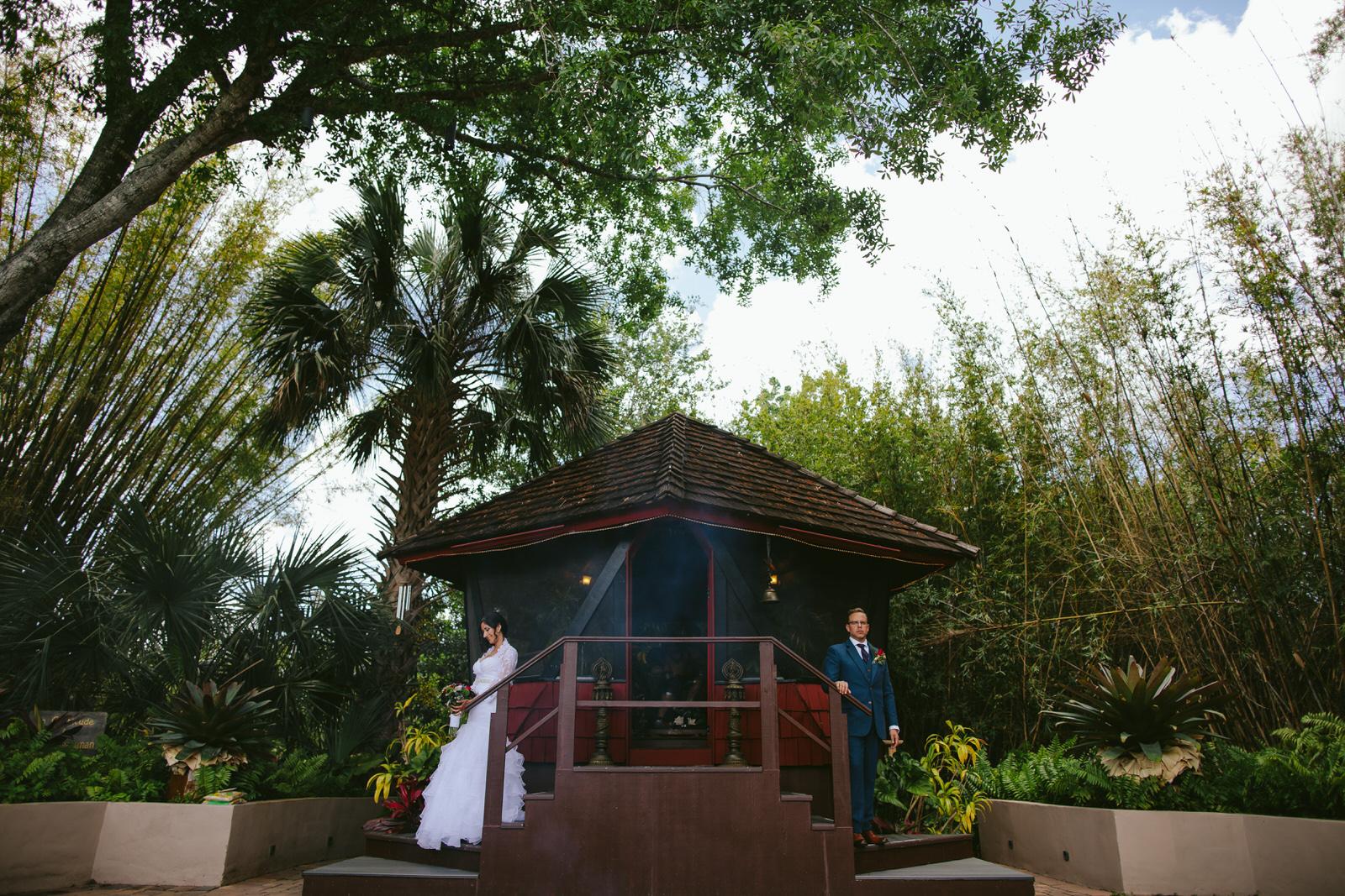 kashi-wedding-portraits-bride-and-groom-tiny-house-photo-weddings-3.jpg