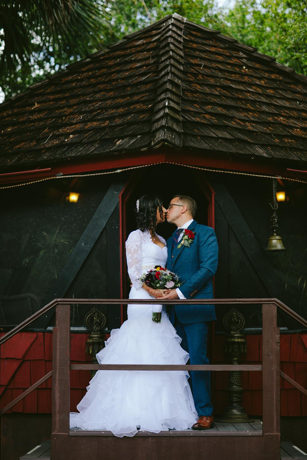kashi-wedding-portraits-bride-and-groom-tiny-house-photo-weddings-12.jpg