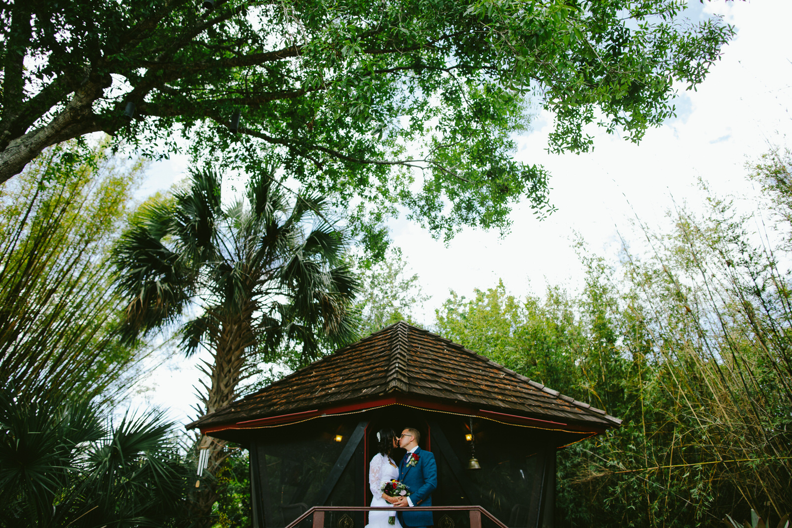 kashi-wedding-portraits-bride-and-groom-tiny-house-photo-weddings-18.jpg