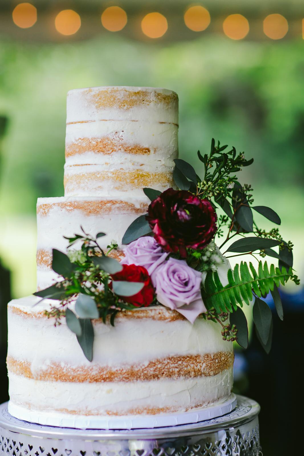 kashi-wedding-reception-tiny-house-photo-cake.jpg