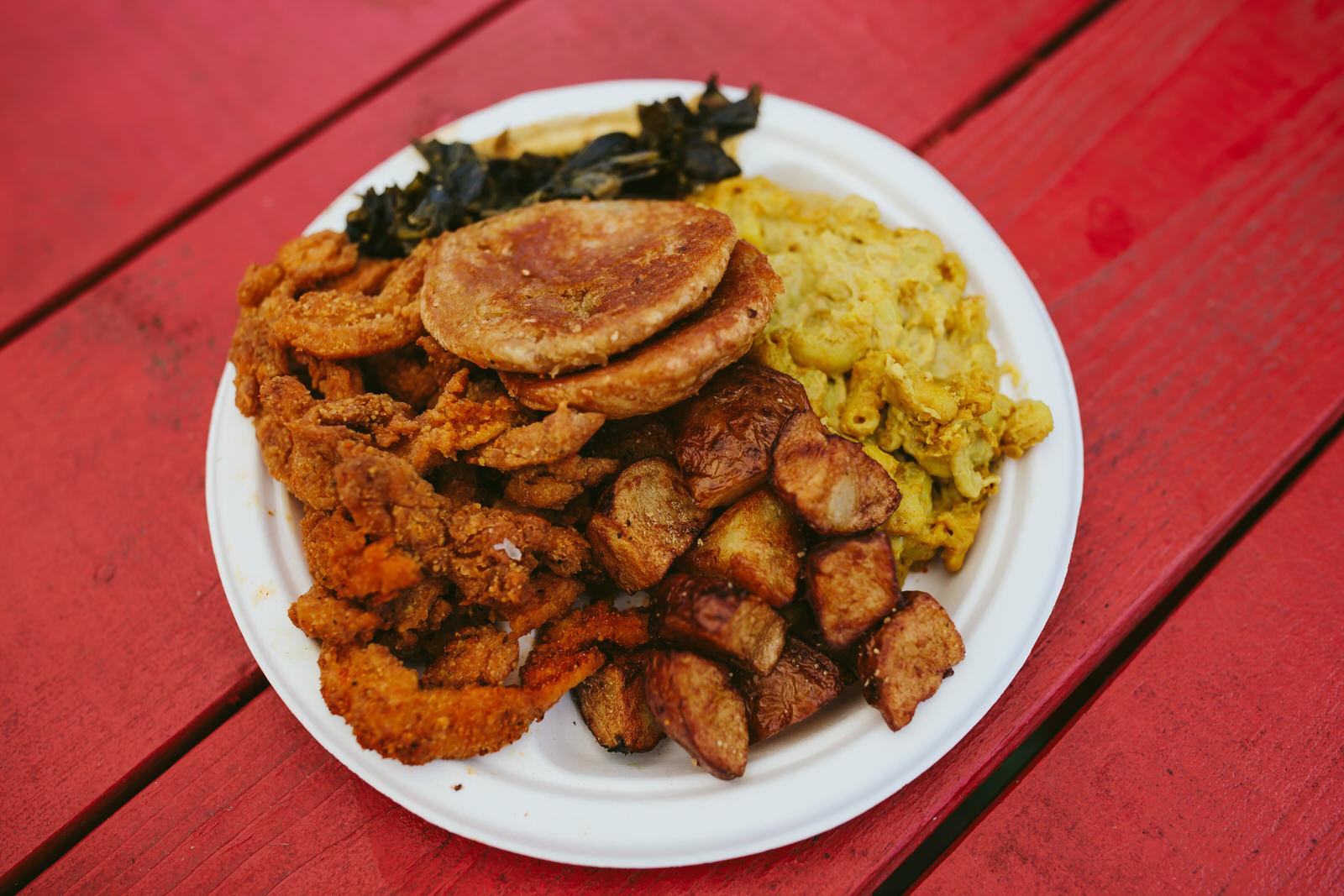 southern-vegan-food-tennessee-nashville-vegancation-tiny-house-photo.jpg