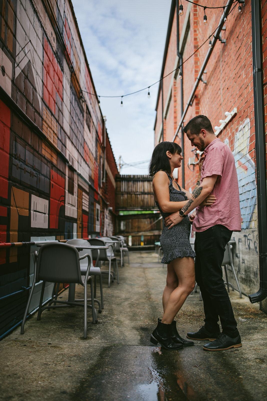 murray-hill-jacksonville-couple-vagabond-coffee-portrait-session-tiny-house-photo.jpg