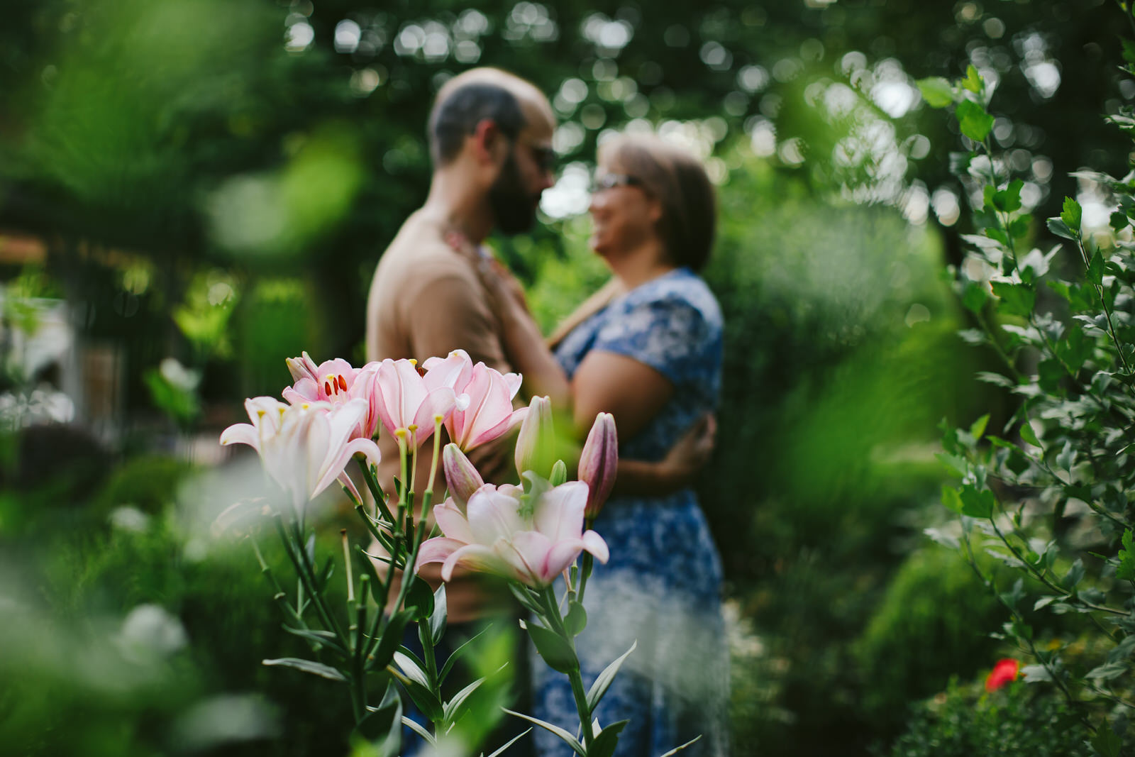 Garden_Proposal_Portraits_Tiny_House_Photo_Nashville.jpg
