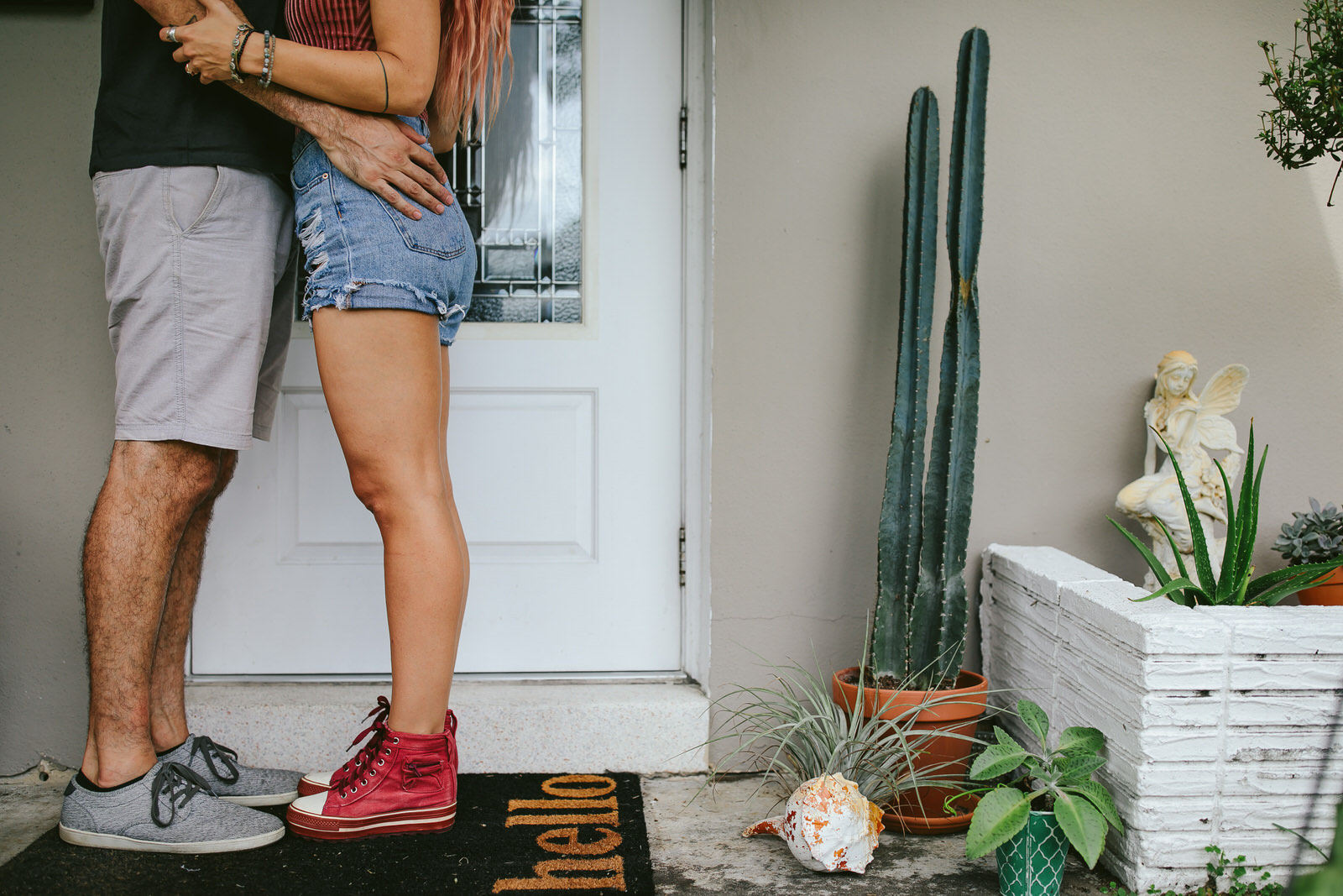 engagement-session-fort-lauderdale-day-in-the-life-tiny-house-photo-1.jpg