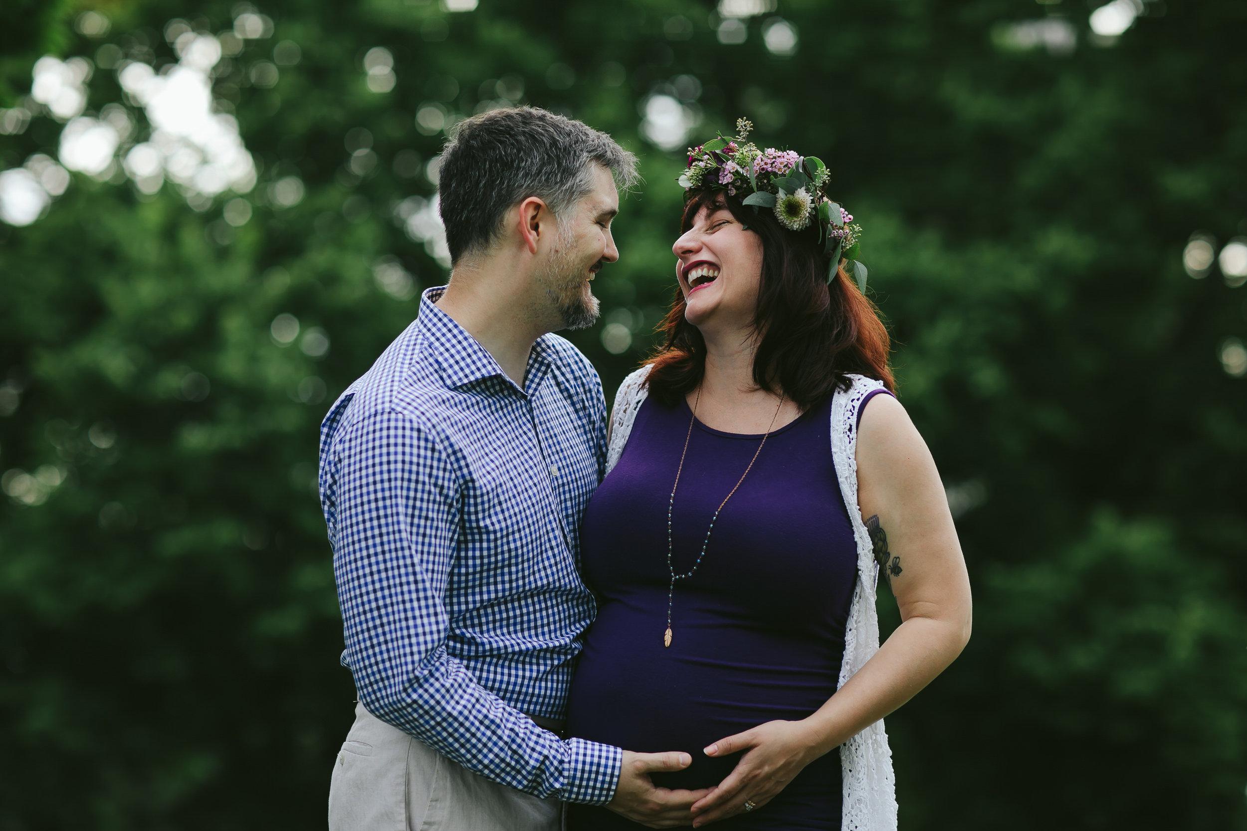 Edgewater Chicago Pregnancy Couple Portraits.jpg