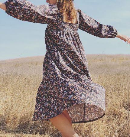 Lindsay Robinson**