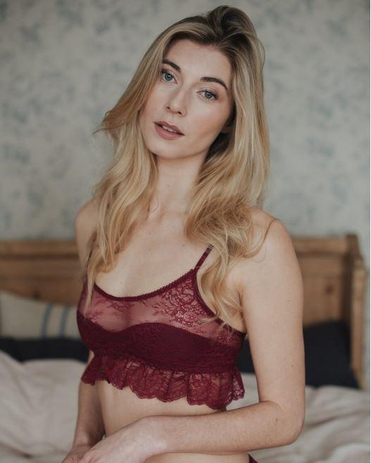 Luva Huva (UK)