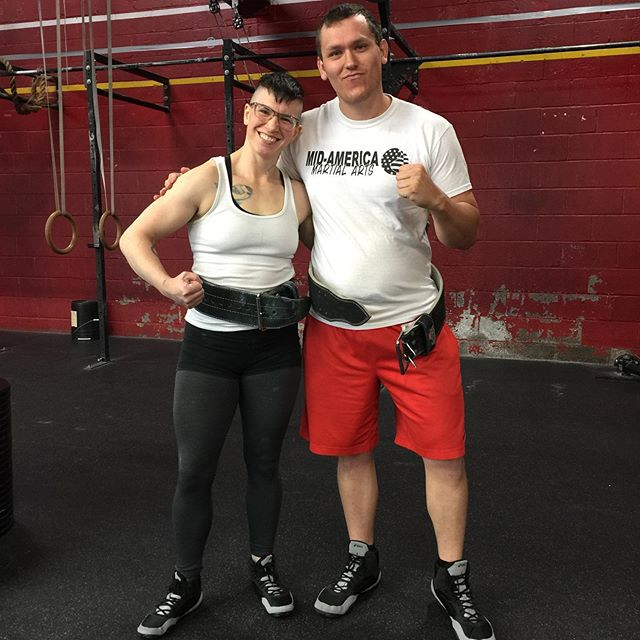 Lauren @laurensliftinglife and Dakota @dakotatiger9677 are prepping for their first powerlifting meet, Powerlifting for Pride next weekend at @mustache_fitness_and_barbell they hit many PRs during this prep and will be as ready as possible. . #eastavebarbell #chrisharristrainingsystems #powerlifting #squatbenchdeadlift #sameshoes #squat #benchpress #deadlift