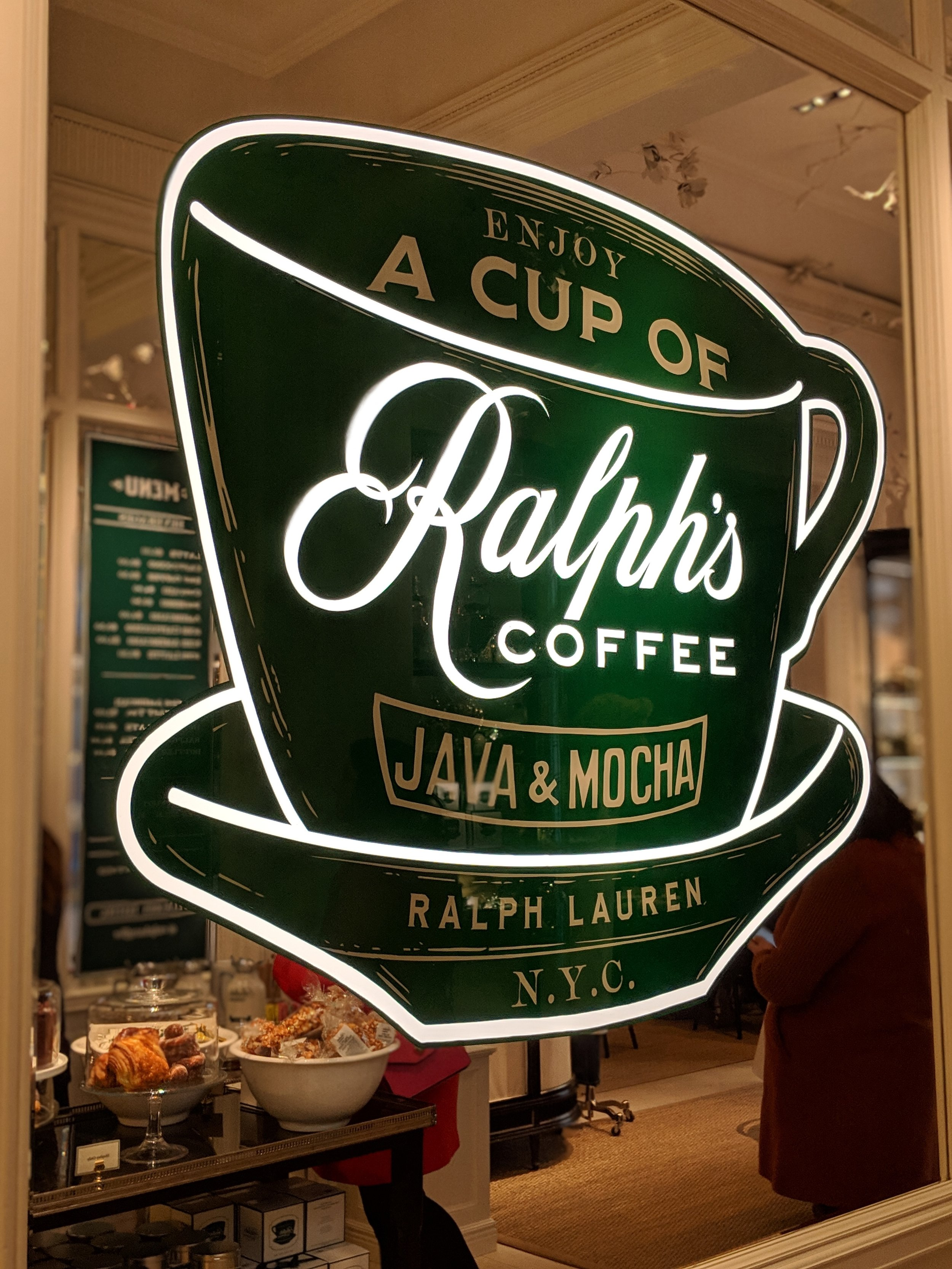 Everything is SO branded - my inner marketing major nerded out over every part of Ralph's branding! Its  IG  is #goals