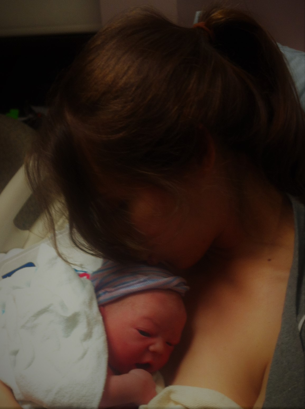 First kiss —captured by Tabitha Kaza of  Heaven&Birth doulas