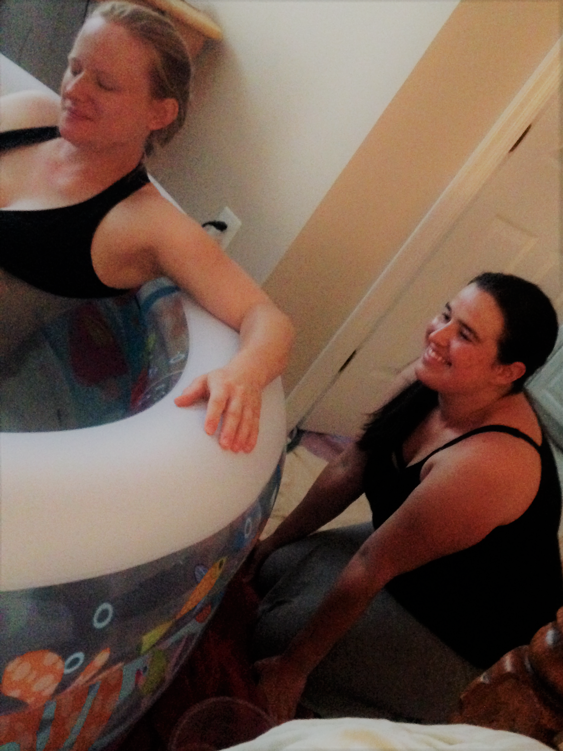 Loving the fishy tub! Tabitha assisting at a fabulous homebirth in Gainesville