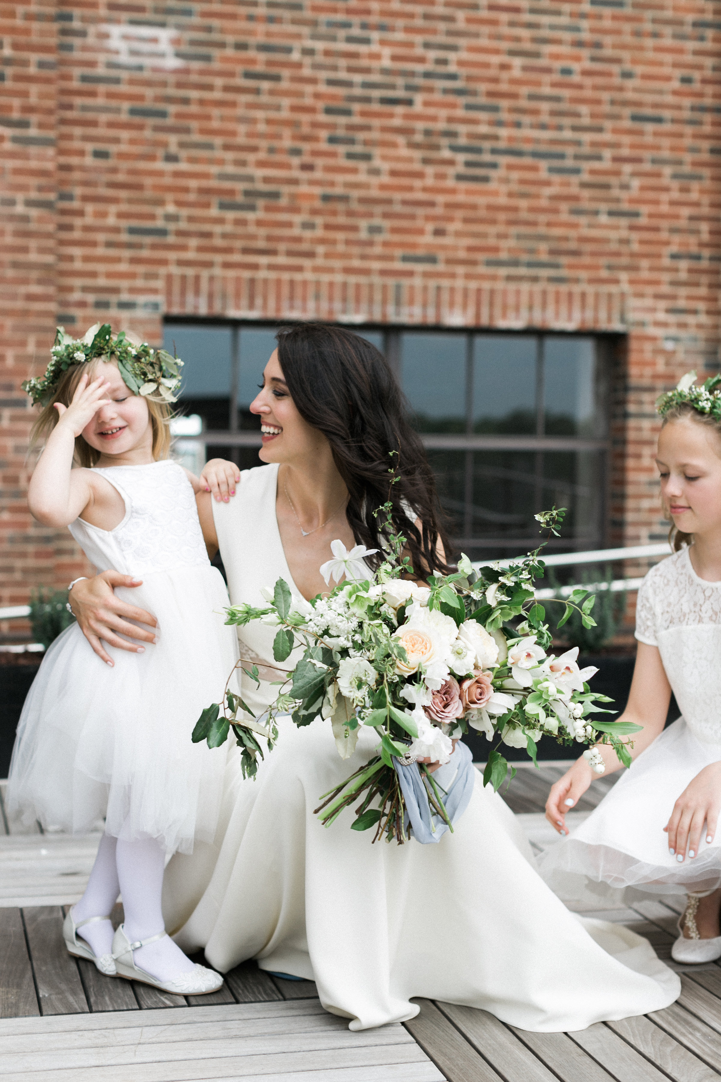 simply-charming-socials-haley-sheffield-ponce-city-market-bride-flower-girls
