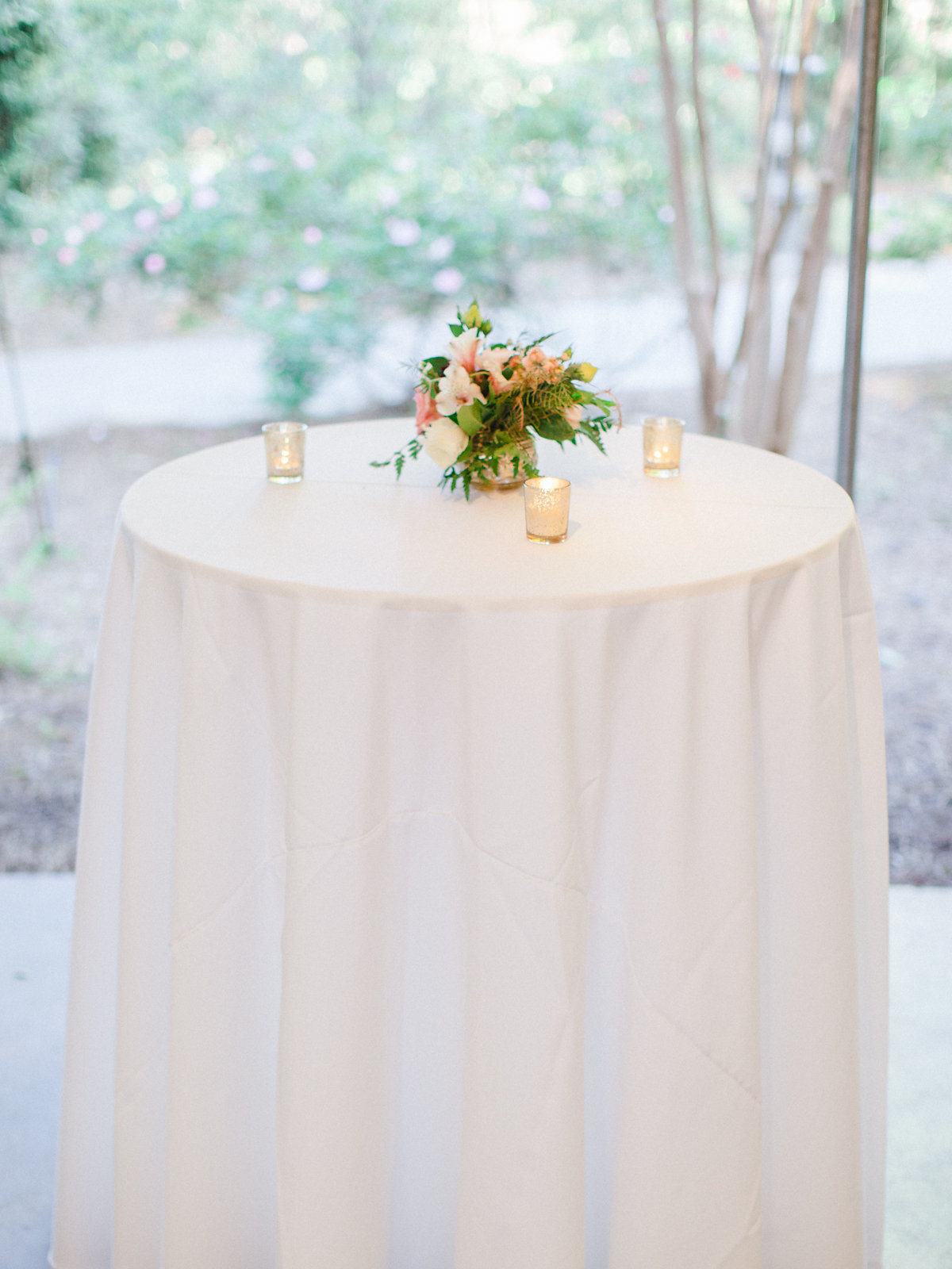 Simply-Charming-Socials_Atlanta-Wedding-Planner_Money-Saving-Wedding-Flowers_8.jpg