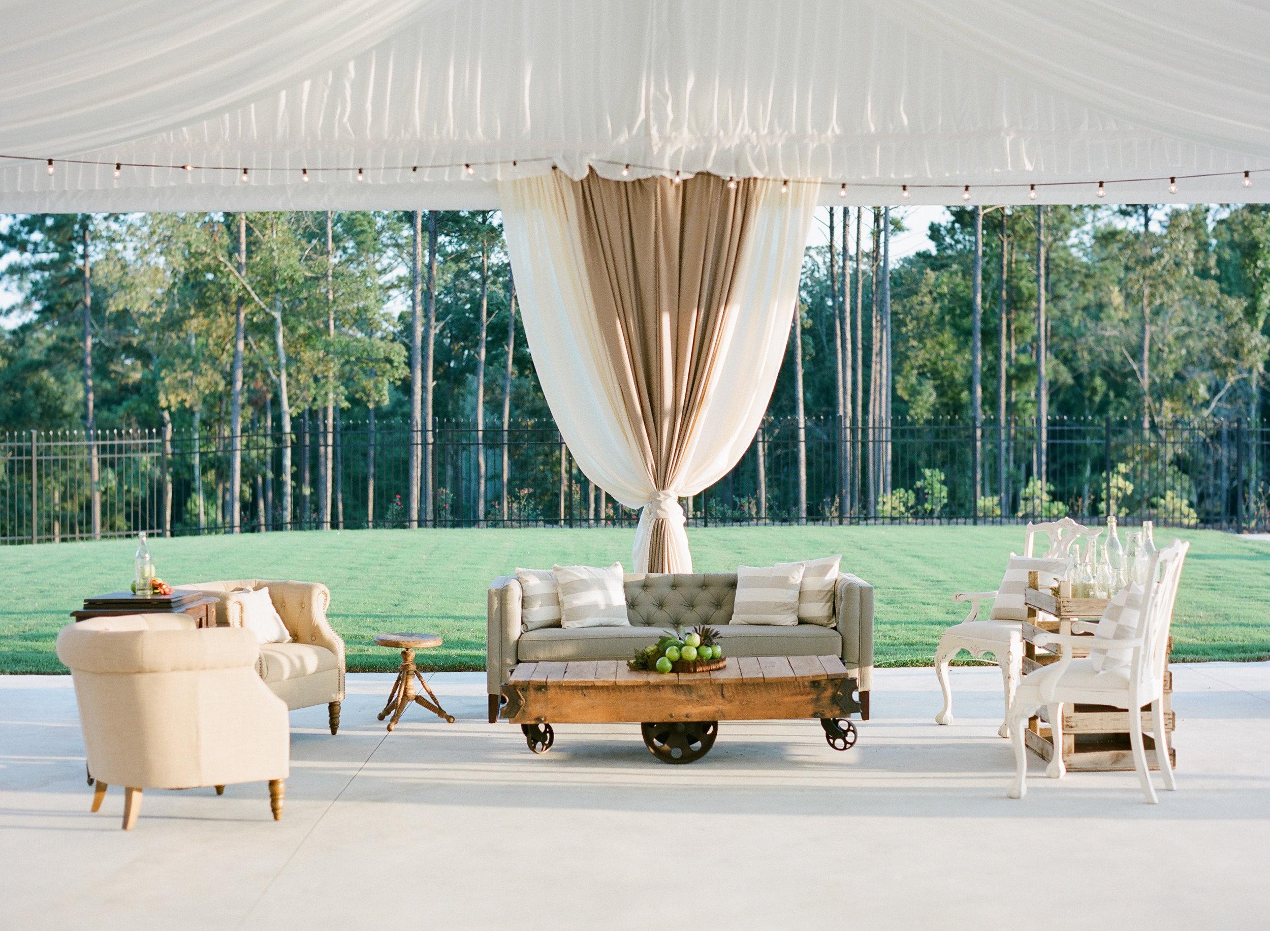 Simply-Charming-Socials_Atlanta-Wedding-Planner_Styled-Photo-Shoot_Modern-Luxury-Brides_Buffy-Dekmar-Photography_Ginny-Branch_Foxhall-Sporting-Club_6.jpg