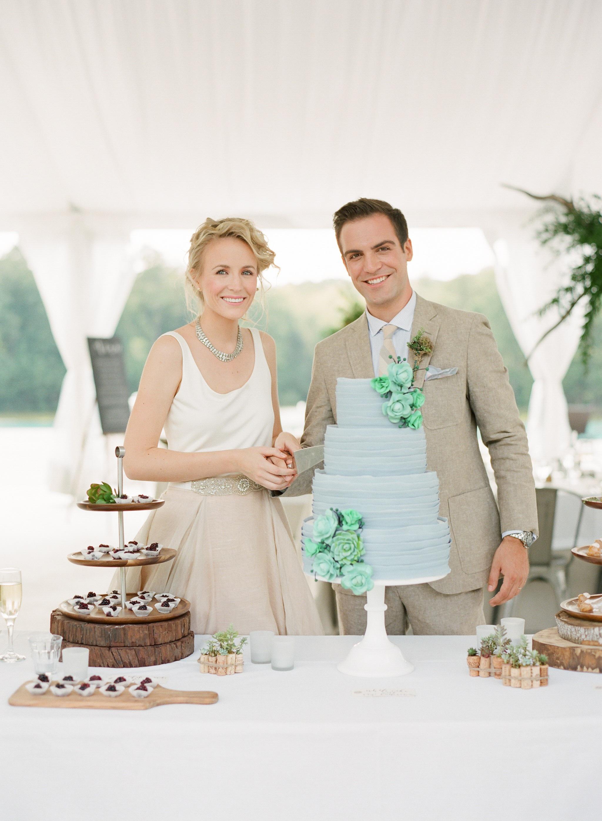 Simply-Charming-Socials_Atlanta-Wedding-Planner_Styled-Photo-Shoot_Modern-Luxury-Brides_Buffy-Dekmar-Photography_Ginny-Branch_Foxhall-Sporting-Club_17.jpg