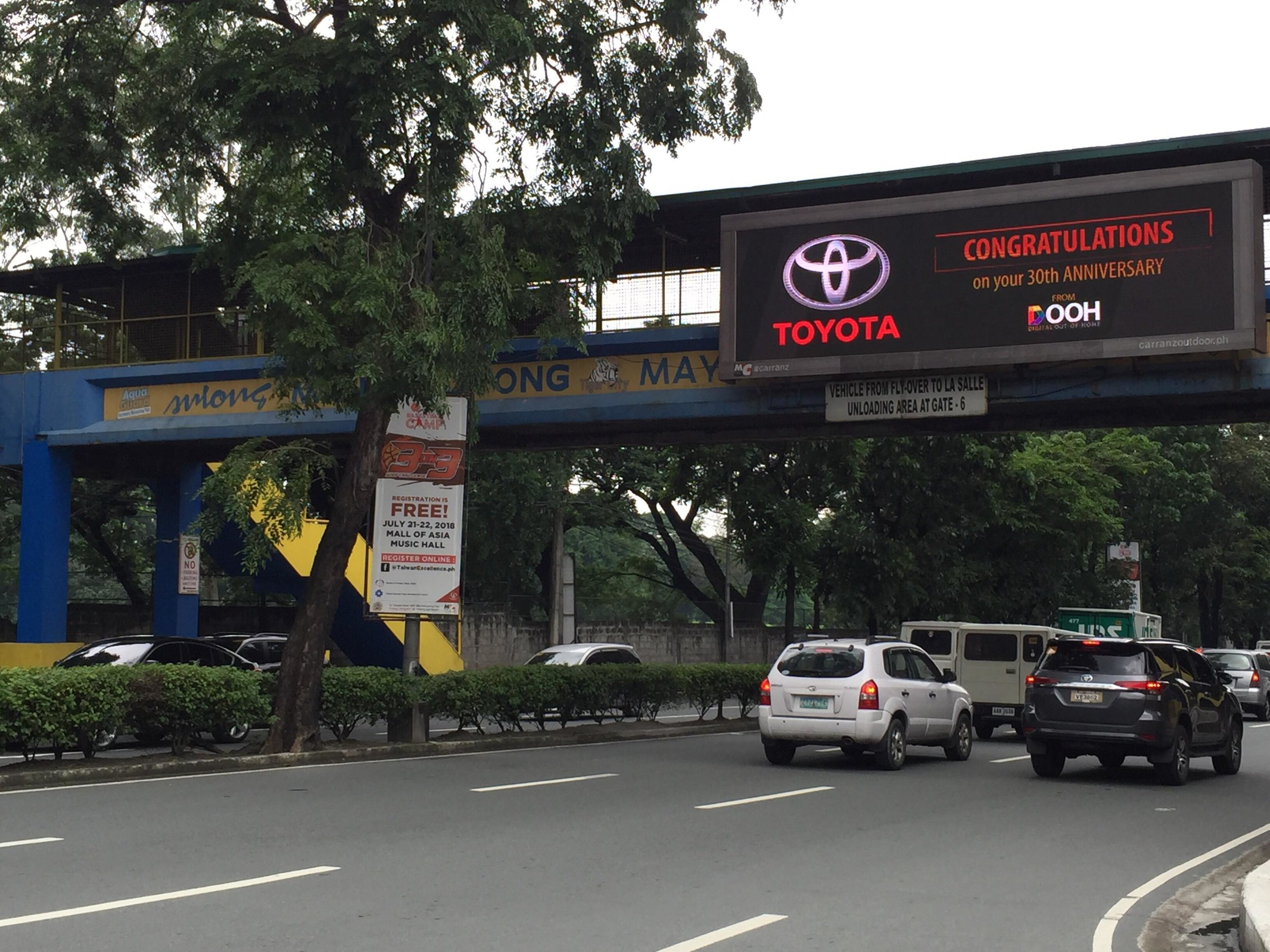 Toyota LED Billboard DOOH PH.jpg
