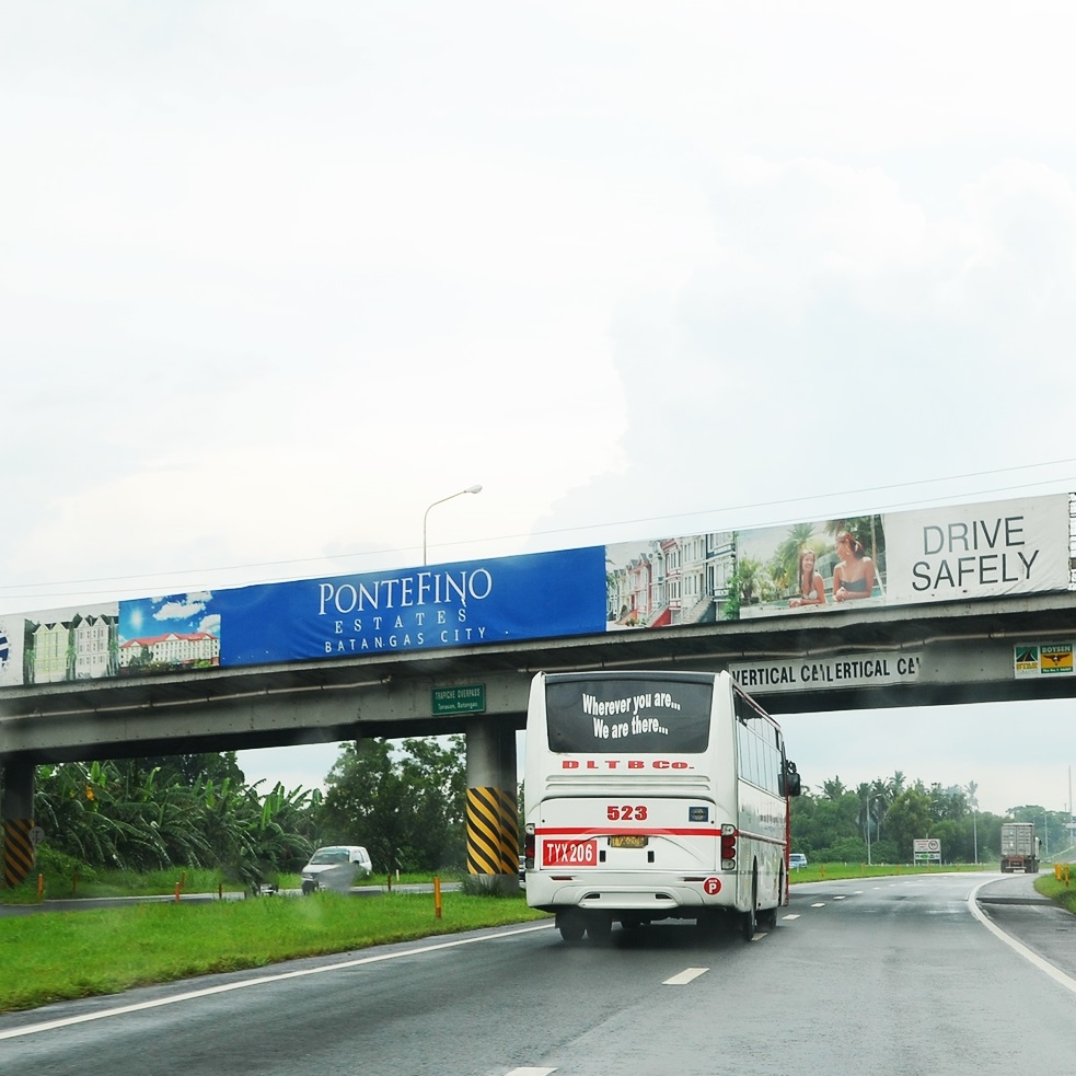 DOOH-ph-billboard-traphice-southbound-startoll-batangas-city.jpg