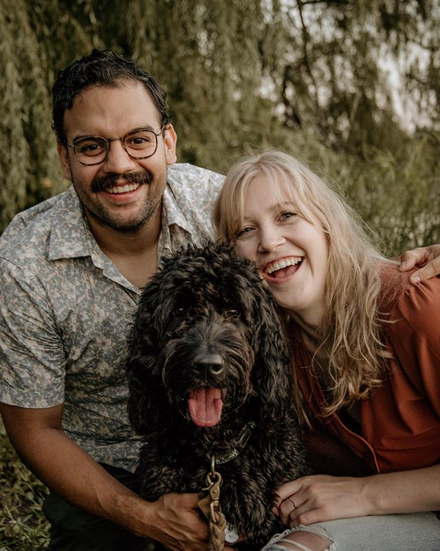 I love when couples want to add their furry family members into our sessions and Franklin definitely stole the show! Honestly, I was shocked at how often he looked straight at the camera tongue out and all. We all know getting that perfect doggo pose can be tough, but so worth it 🐶  P.S. They say pets look like their owners and in this case I'd say it's true 😜