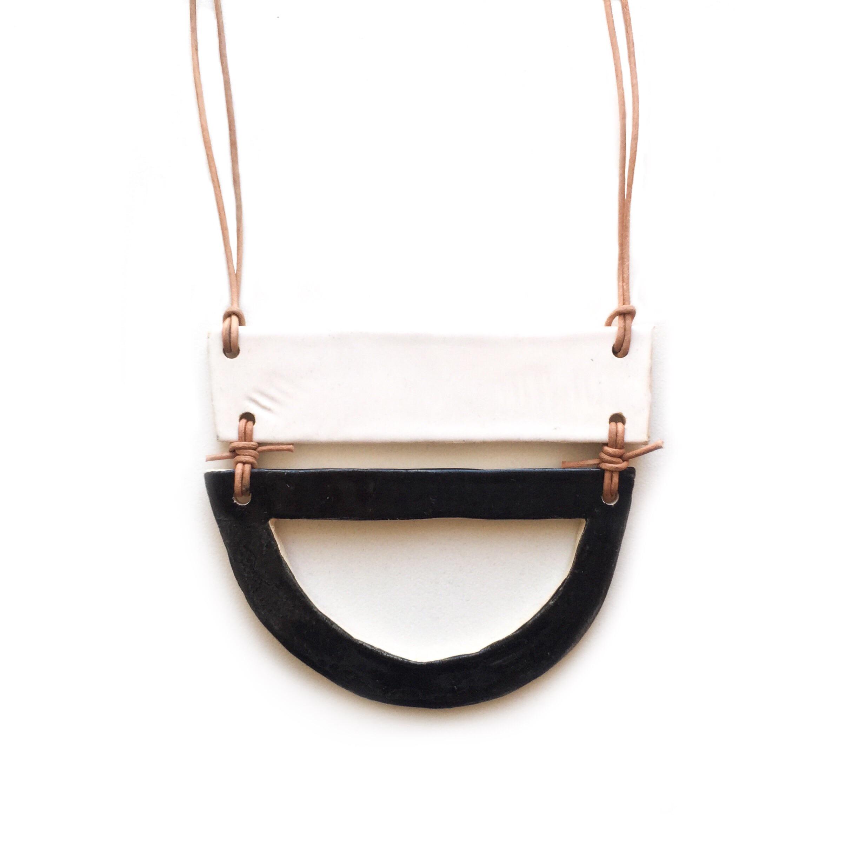kushins_bw_ceramic_necklace8v2.JPG