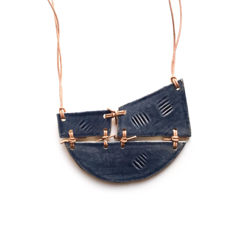 kushins_bw_ceramic_necklace22v2.JPG