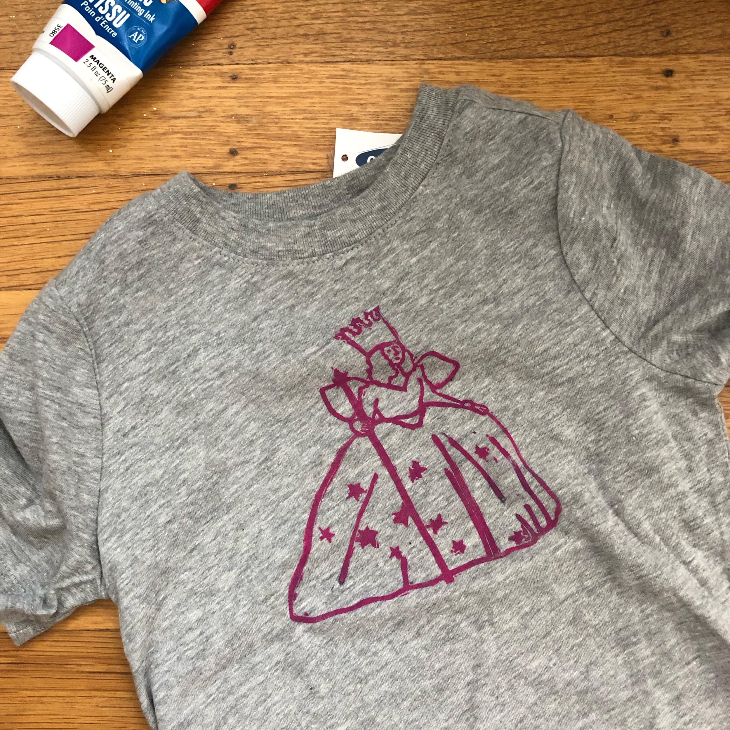 kushins_wizard_of_oz_glinda_stamp_shirt.jpeg