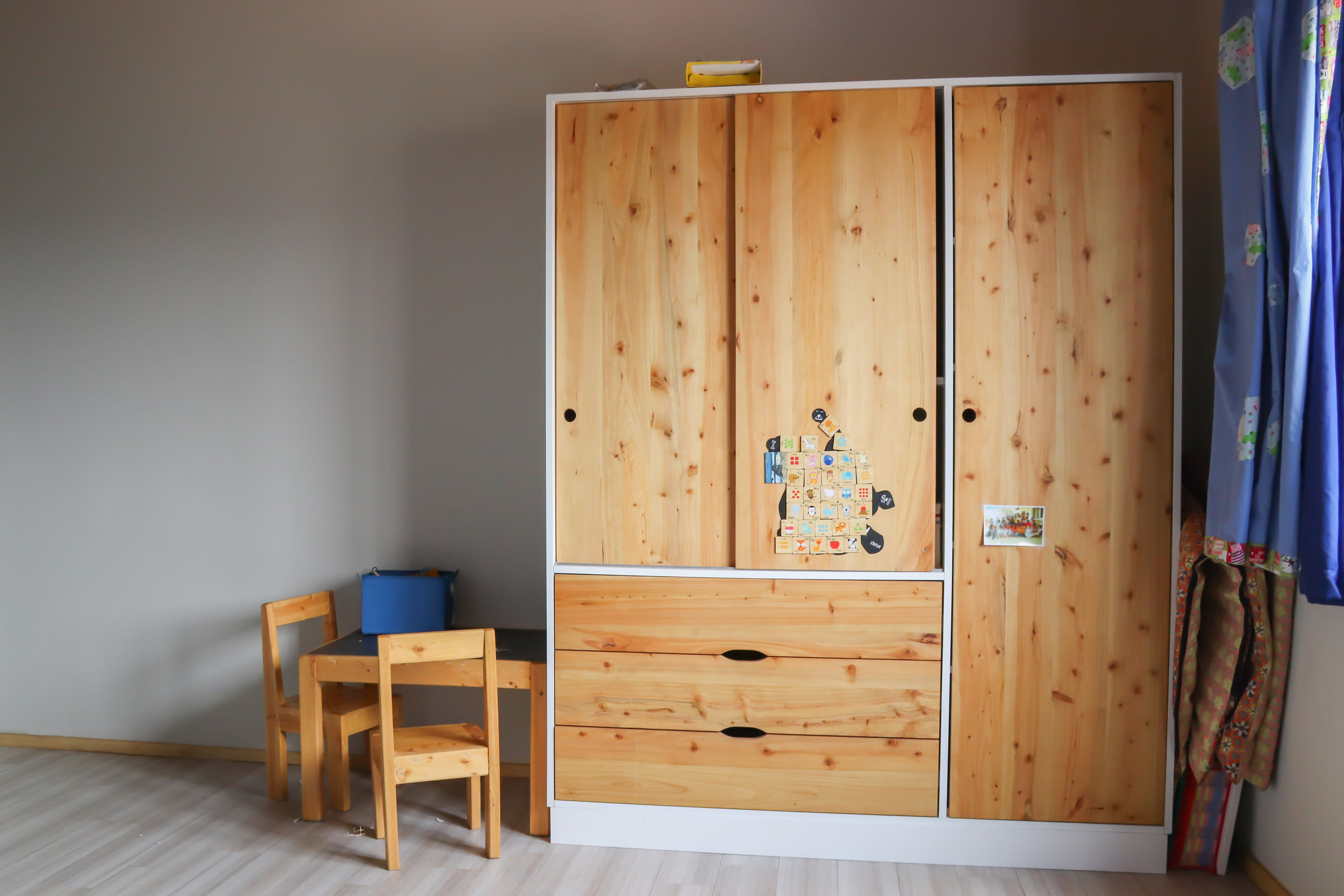 Wardrobe closet out of MDF body and Cypress