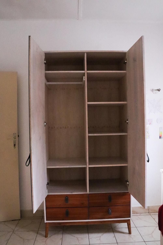 Cabinet in MDF & Cedar