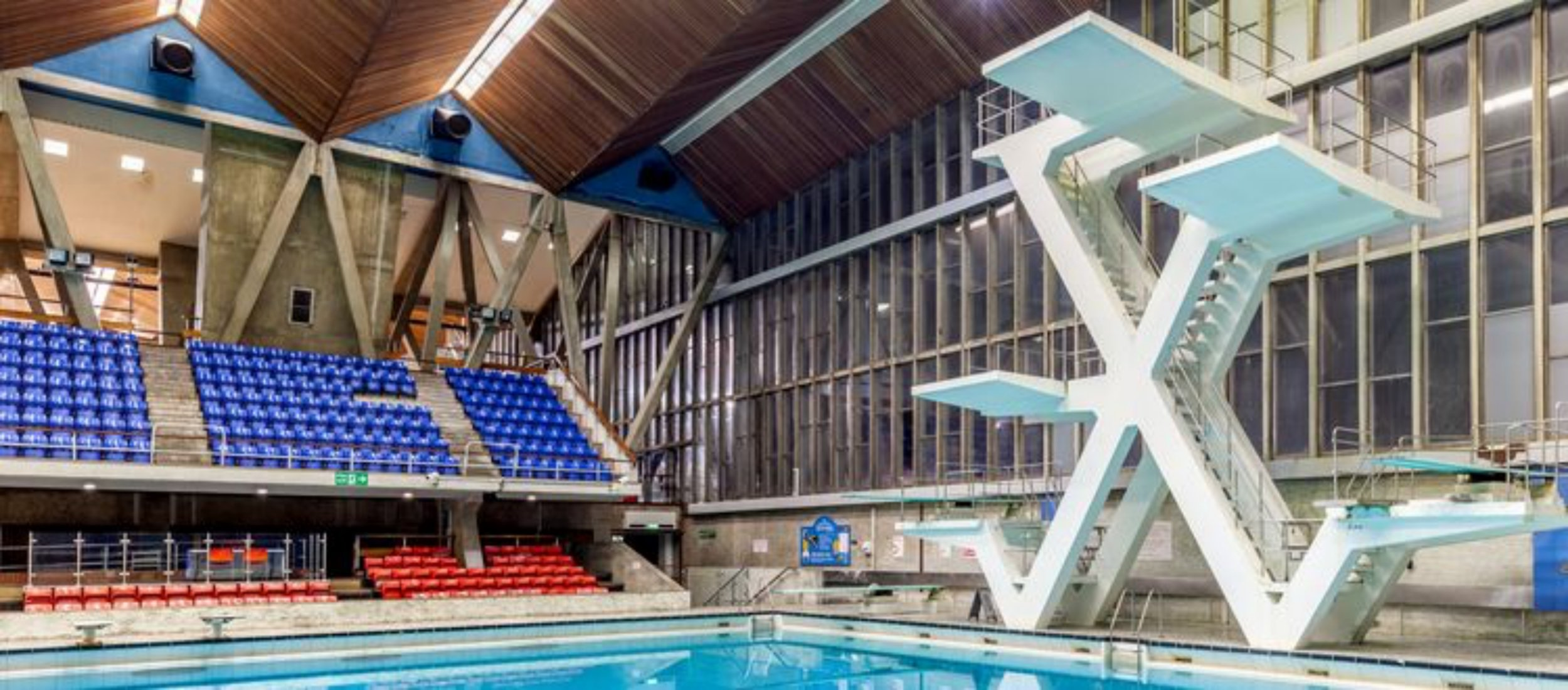 Diving swimming (1).jpg