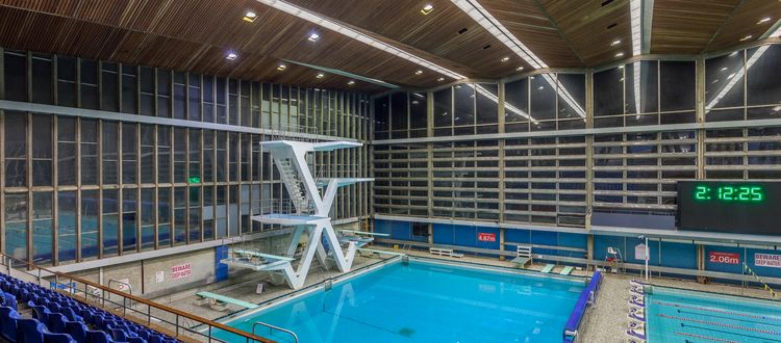 Diving swimming (3).jpg