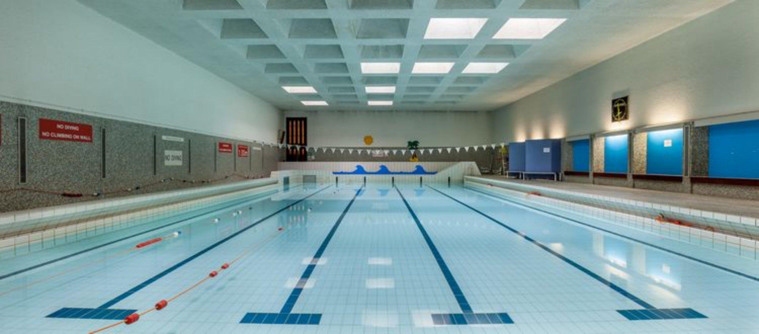 Diving swimming (8).jpg