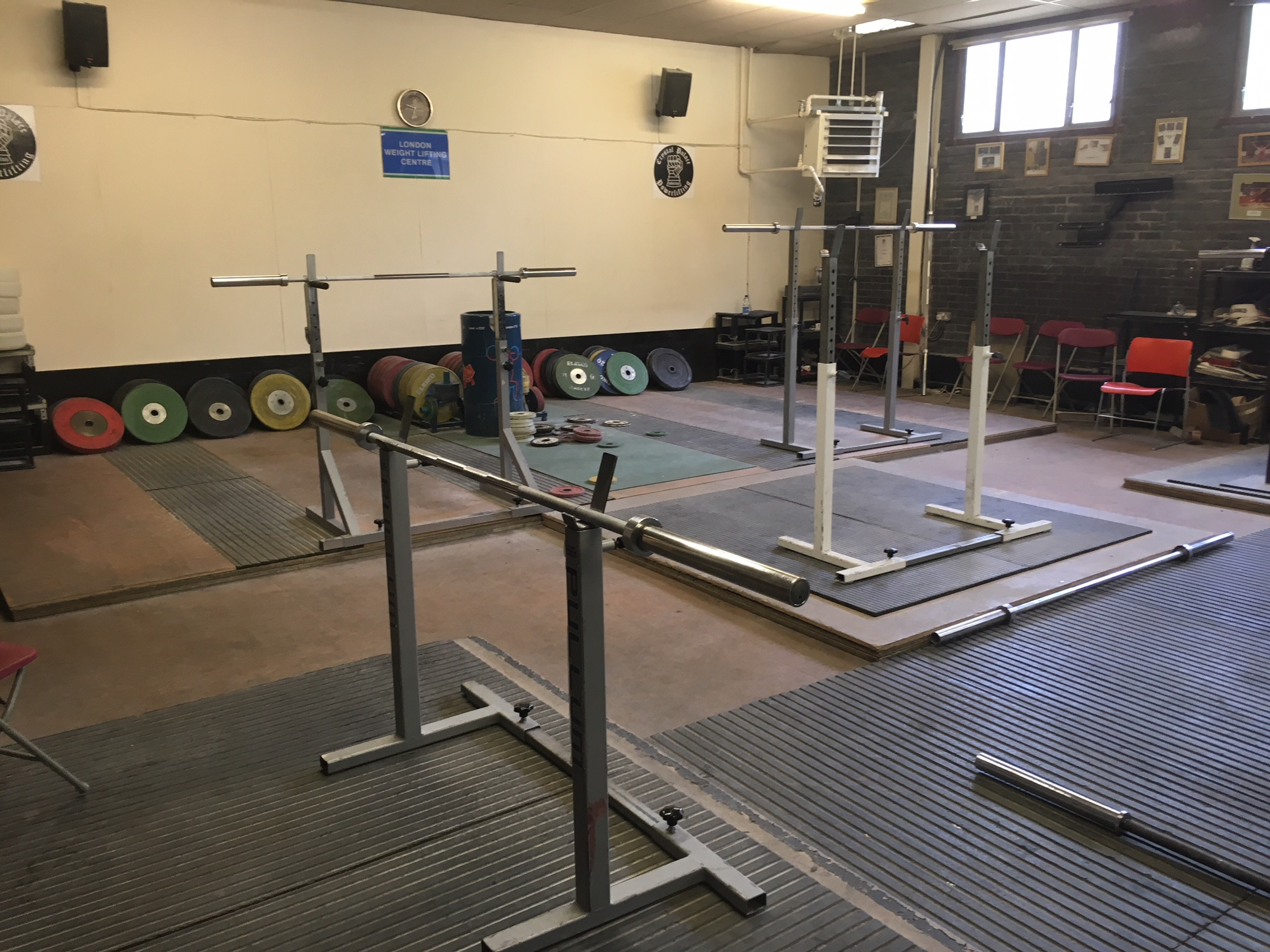 Heavy Weights Gym (1).JPG