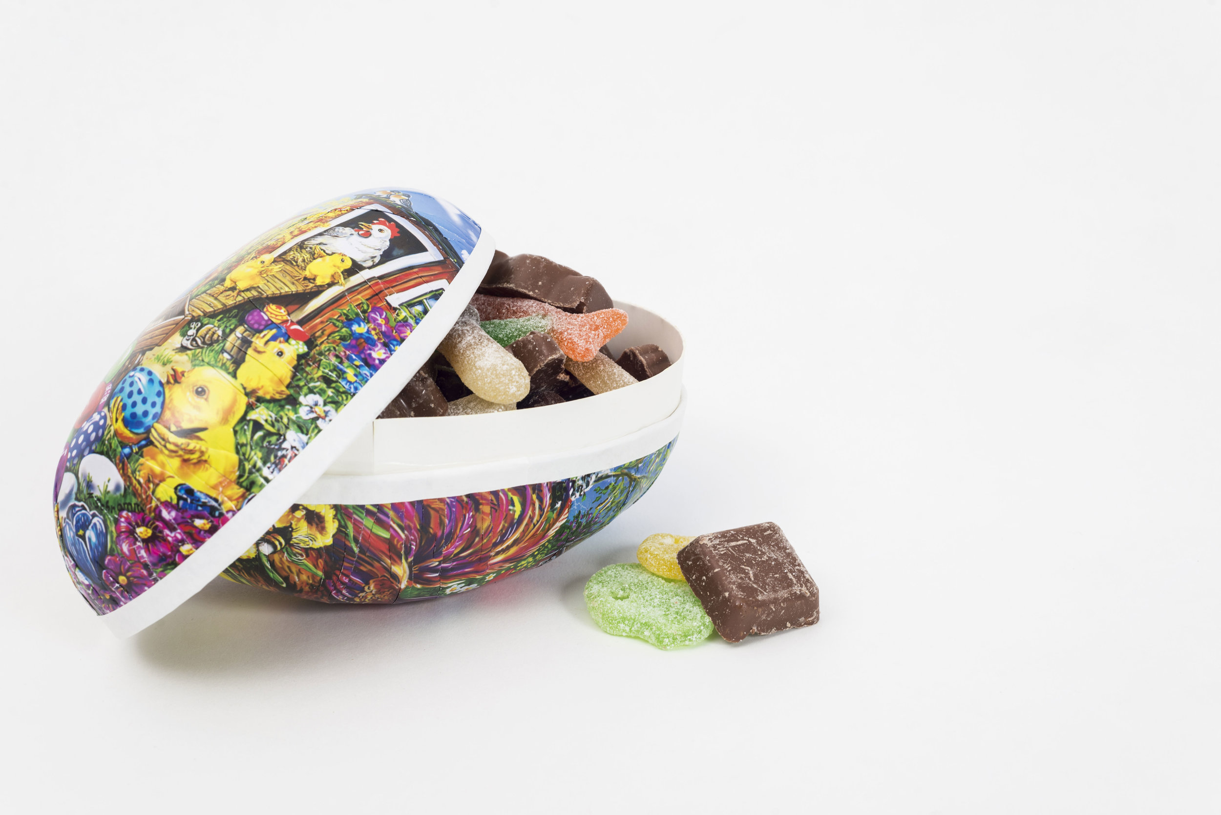A typical Swedish Easter Egg (photo by R_Green via Shutterstock)
