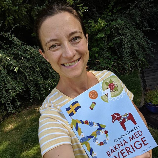 I'm finally able to share my new book with you - how exciting! Counting Sweden - Räkna med Sverige is a bilingual counting book with fun facts about Sweden. It's available in e-book and paperback formats from all good online bookstores worldwide. I also sell a print at home version directly from my website (perfect for school projects and cute posters for your kids' rooms!)... Link in bio