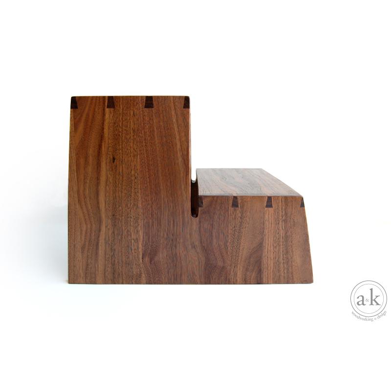 step_stool2.jpg