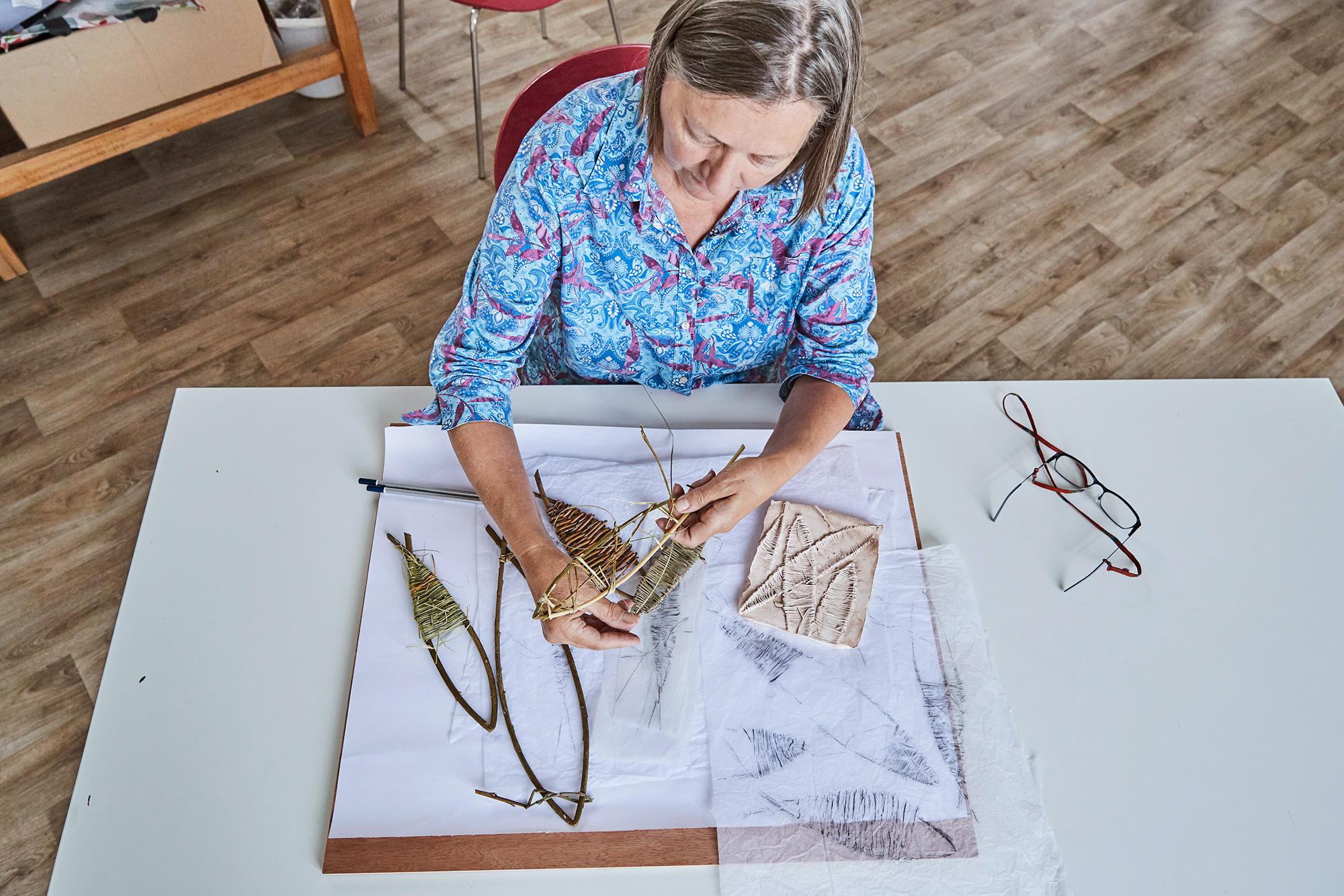 weaving-techniques-jane-roberts.jpg