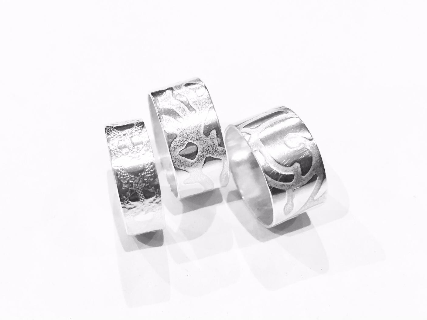 bg-silver-rings-2.jpeg