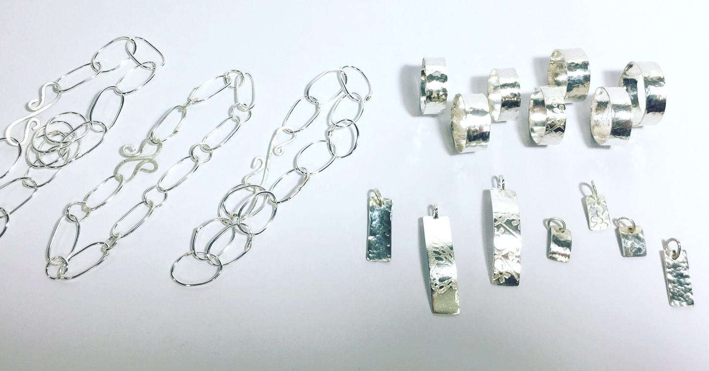 bg-silver-bracelet-and-rings.jpeg