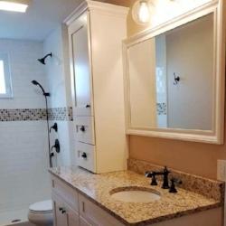 Patricia Dubis_Hearthstone_bathroom.jpg