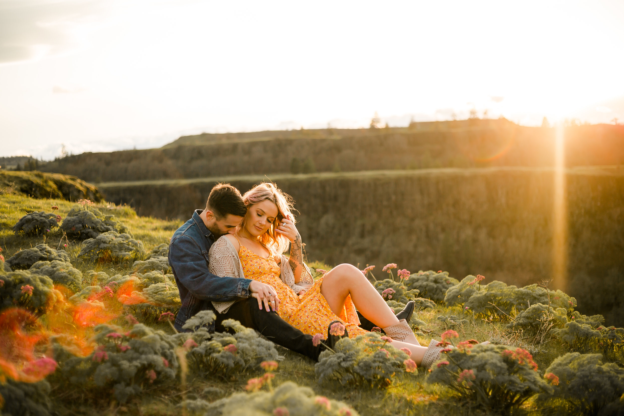Brooklyn + Paul - Engagement in the Gorge