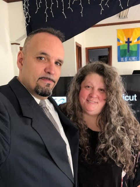 Meet Pastor Chris & Louise Floret -