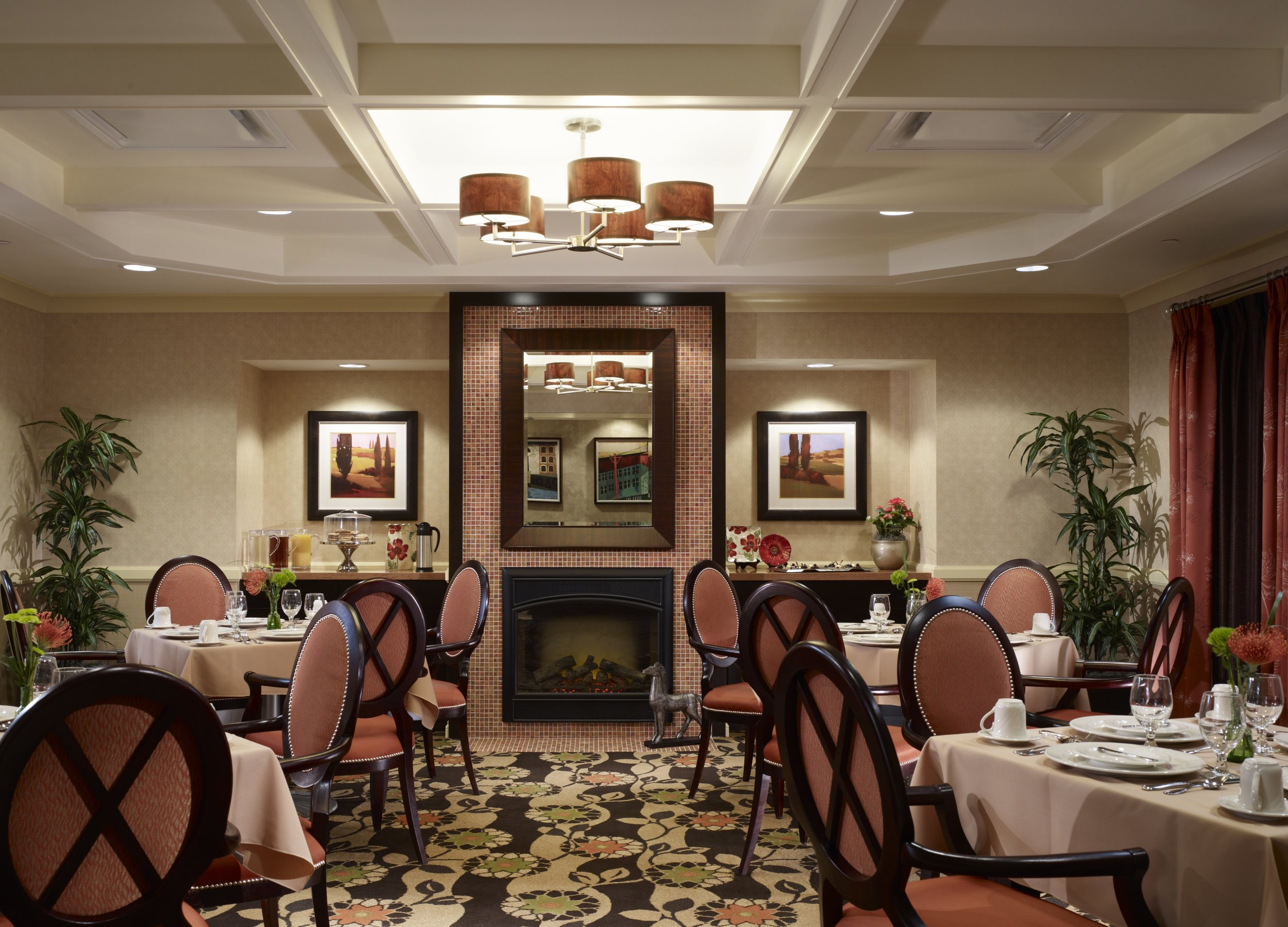 Dining Room jpeg.jpg