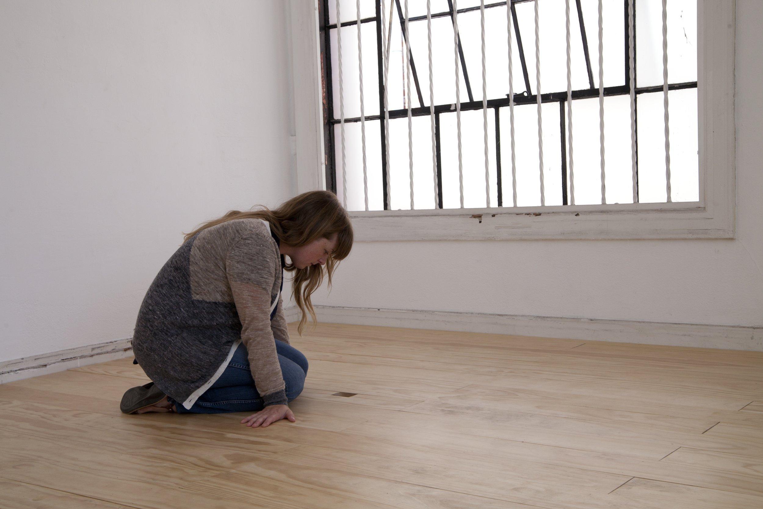 marya_kneeling.jpg